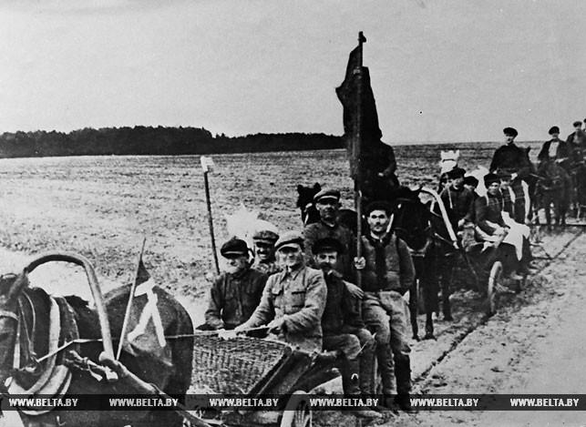 Сельхозартель им. Чапаева Гродненской области. На первый весенний сев. 1940 год