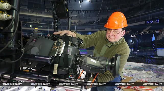 Монтаж подвесной камеры. Инженер Михаил Шитик