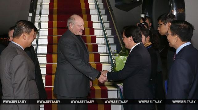 Александра Лукашенко встречают на вьетнамской земле