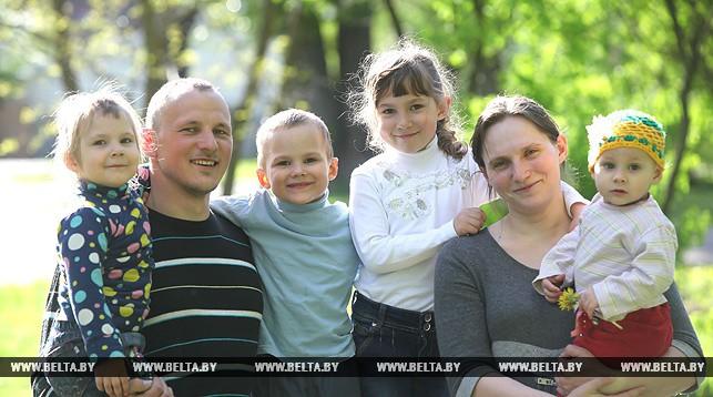 Семья витебчан Анны и Сергея Савченко.