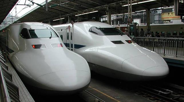 """Высокоскоростной поезд """"Синкансэн"""""""
