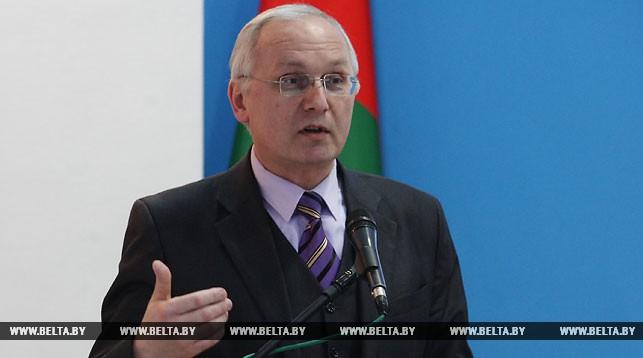 Борис Светлов