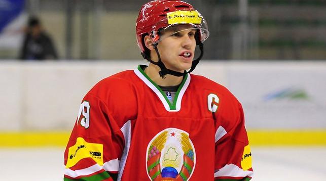 Форвард сборной Беларуси по хоккею Гаврус. Фото из архива