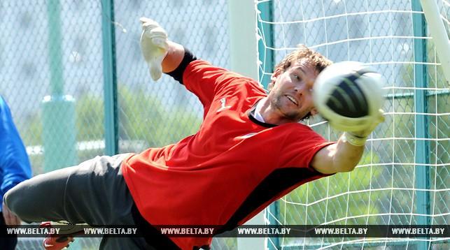 Белорусский голкипер Юрий Жевнов