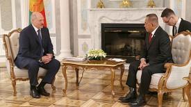 Александр Лукашенко и Риамизард Риакуду