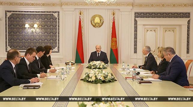 Фото во время совещания