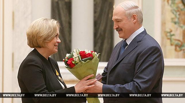 Елена Купчина и Александр Лукашенко