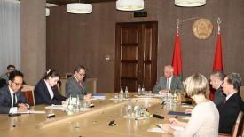Во время встречи Михаила Мясниковича с Джаухари Оратмангуном