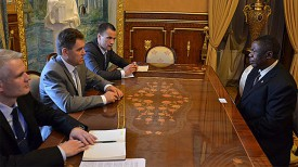 Во время встречи Игоря Петришенко с Майком Николасом Санго. Фото посольства Беларуси в России