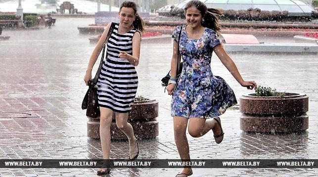 Ливни, грозы и шквалистый ветер ожидаются в Беларуси 29 июля