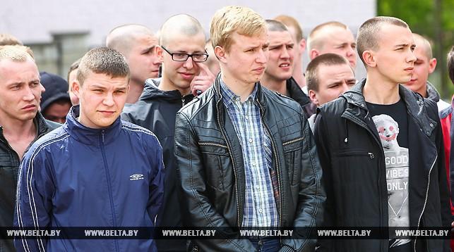 Около 1,8 тыс. жителей Брестской области будут призваны на службу в весенний призыв
