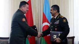 Андрей Равков и Закир Гасанов. Фото сайта Министерства обороны Азербайджана