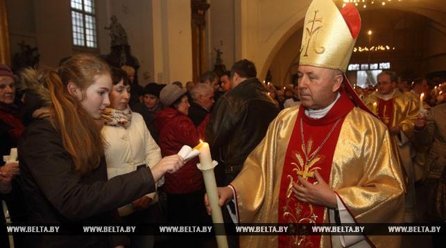 Епископ католической епархии Александр Кашкевич