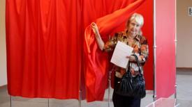 Валентина Шайкова на участке для голосования №14.