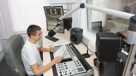 Главный инженер Виталий Авсеенко готов к эфиру