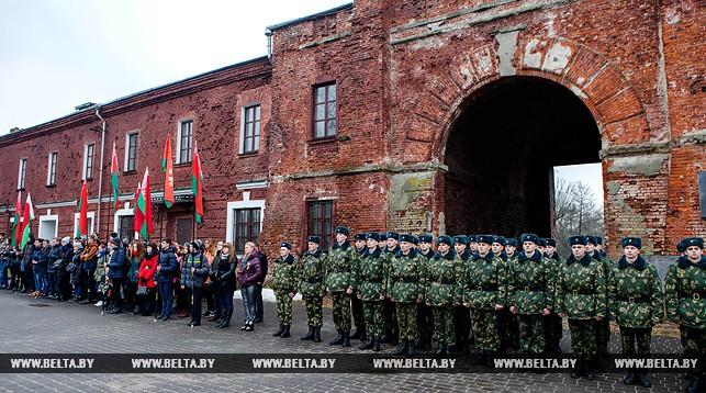 Марафон мужества стартовал в Брестской крепости