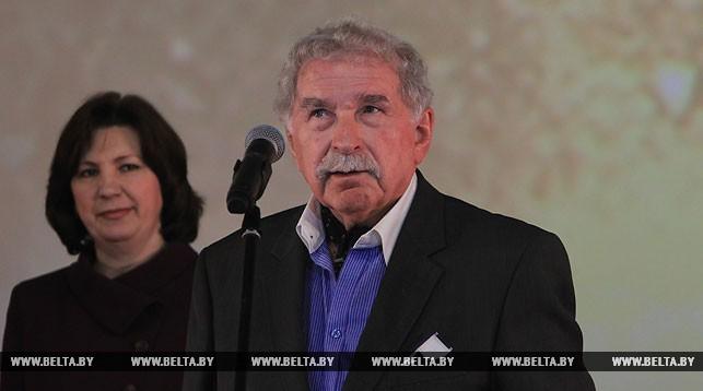 Геннадий Овсянников. Фото во время церемонии вручения
