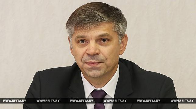 Сергей Серезлеев