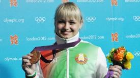Марина Шкерманкова с медалью Олимпиады-2012. Фото из архива