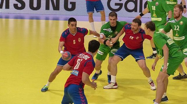 Во время матча. Фото Гандбольного союза Сербии