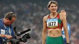 Оксана Менькова после выигрыша золотой медали на Играх-2008 в Пекине. Фото их архива