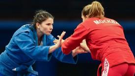 Финальный поединок в весовой категории 72 кг. Ольга Намазова и Галина Амбарцумян
