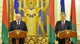 Александр Лукашенко и Петр Порошенко