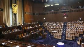 Александр Лукашенко выступает в парламенте Судана