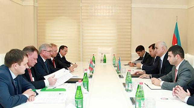 Во время встречи. Фото Министерства экономики Азербайджана