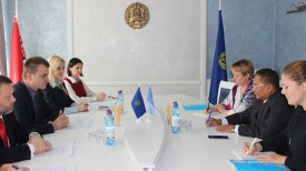 Во время встречи. Фото Министерства юстиции Беларуси