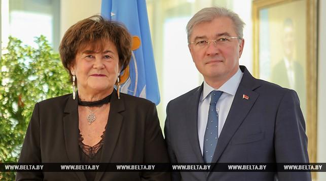 Жужанна Якаб и Валерий Малашко