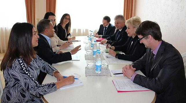 Во время встречи. Фото Министерства труда и соцзащиты