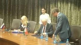 Во время подписания соглашения. Фото КГК