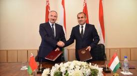 Генпрокуроры Беларуси и Таджикистана Александр Конюк и Рахмон Юсуф Ахмадзод