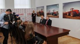 """Во время церемонии подписания соглашения. Фото ОАО """"МТЗ"""""""