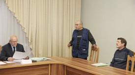 На приеме по вопросу капитального ремонта жилого дома Александр Дворак и Александр Щербаков