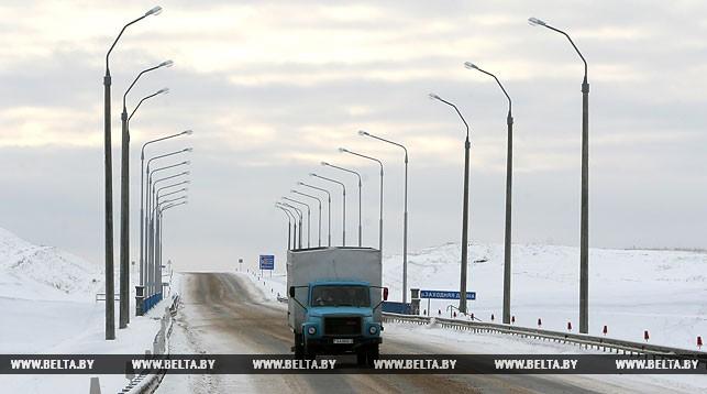 В Брестской области с начала года отремонтировали почти 200 км местных дорог