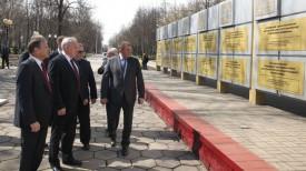 Председатель Витебского горисполкома Виктор Николайкин и председатель Витебского облисполкома Николай Шерстнев