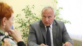 Николай Шерстнев во время приема граждан
