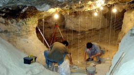 Раскопки в пещере Тяньюань. Фото Institute of Vertebrate Paleontology and Paleoanthropology (IVPP), Beijing