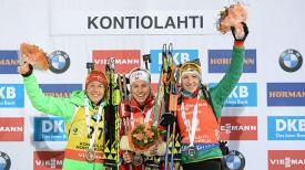 Лаура Дальмайер, Тирил Экхофф и Дарья Домрачева. Фото Дениса Костюченко