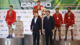 Награждение победителей и призеров в весовой категории 74 кг