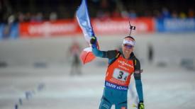 Кантен Фийон Майе на финише гонки. Фото IBU