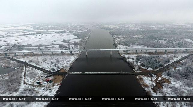 Аварийный и врменный мосты между Житковичами и Туровом