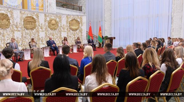 Лукашенко пообещал приехать на тысячелетие Бреста