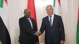 Владимир Андрейченко с Президентом Судана Омаром Хасаном Ахмедом аль-Баширом