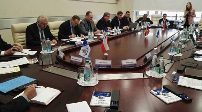 Во время заседания. Фото Министерства энергетики РБ