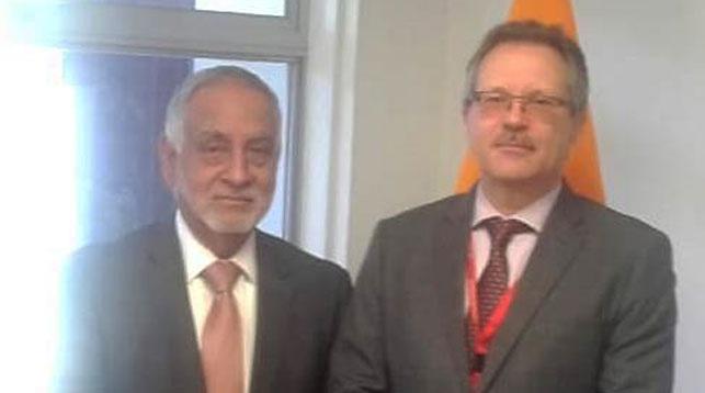 Во время встречи. Фото посольства Республики Беларусь в Республике Эквадор