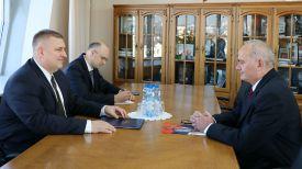 Олег Кравченко и Велько Ковачевич. Фото МИД