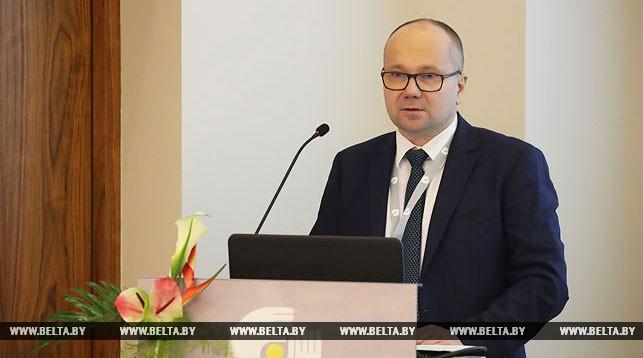 Дмитрий Лапко